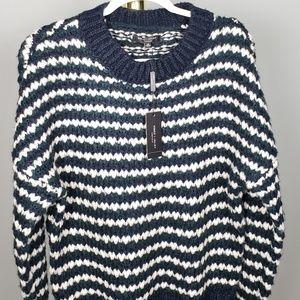 NWT Romeo & Juliet Couture Boyfriend Sweater